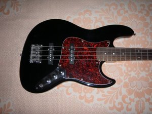 Фото: Продам Бас гитару Fender 60's JAZZ BASS RW BLACK (Made in Mexico)